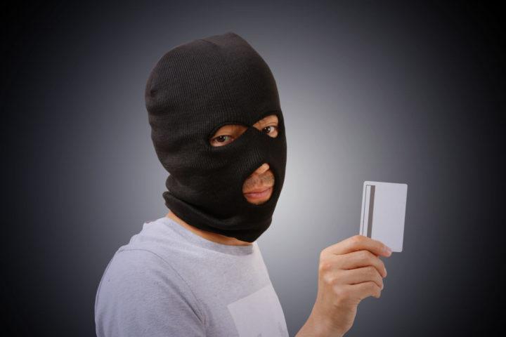 スキミング被害にあわないためのクレジットカード利用の注意点