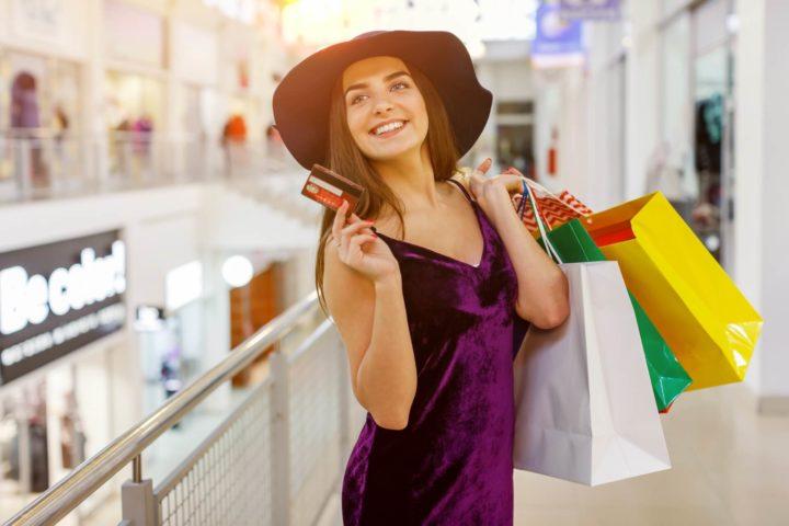 女性に人気のクレジットカードランキング8傑!